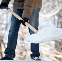 Омские предприниматели не торопятся убирать снег