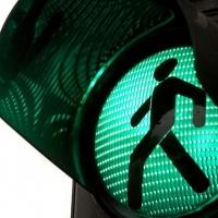 На одном из светофоров в центре Омска зеленый сигнал светофора будет гореть на 5 секунд дольше