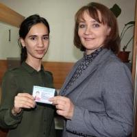 В Омске выдано первое разрешение на работу иностранной студентке