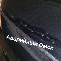 На мосту им. 60-летия Победы в Омске на машины упал электрический кабель