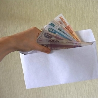Директор омского «Спецэлектро» задолжал работникам зарплату в 700 тысяч рублей