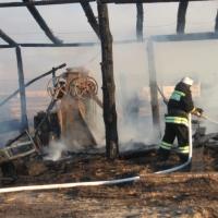 Омские пожарные спасли имущество на 5 миллионов с горящей пилорамы