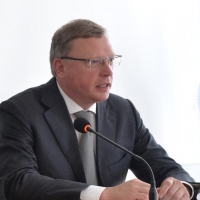 Бурков продолжает двигать чиновников по горизонтали