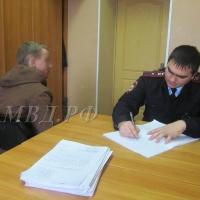 Омские таксисты задержали угонщиков автомобиля своего коллеги