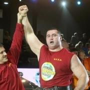 Установят пять рекордов России в День города омские стронгмены