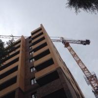 В Омске сдали еще 2 многоэтажки для переселенцев из аварийного жилья