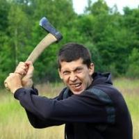 Житель Омской области зарубил спящего отца топором