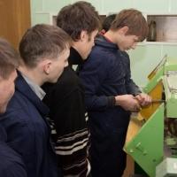 В омской школе открылся ракетно-космический класс