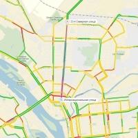 На прошлой неделе пробка в центре Омска продержалась более 7 часов