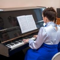 Детские школы искусств Омской области получат новые музыкальные инструменты