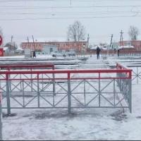 На Любинской заработал «умный» железнодорожный переход