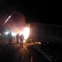 На трассе Тюмень – Омск УАЗ сгорел, водитель погиб