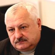 Станислав Аванесов вернулся в омский футбол