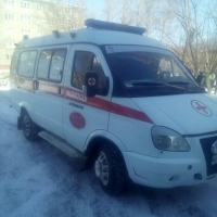 Омич, мешавший проезду «скорой», избил водителя спецмашины