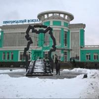 На омском пригородном вокзале заменят  кресла в залах ожидания