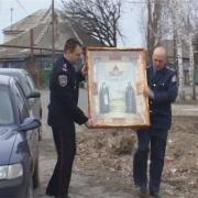 Омич украл иконы у собственной матери