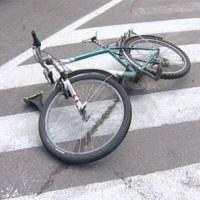В Омске водитель сбил подростка-велосипедиста