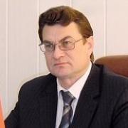 Главу района Омской области осудят за превышение должностных полномочий