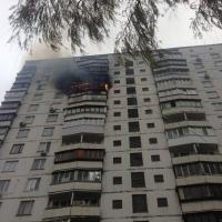 Из горящей многоэтажки в Октябрьском районе вывели 19 человек
