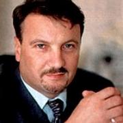 Греф намерен перенести сибирский офис Сбербанка в Омск