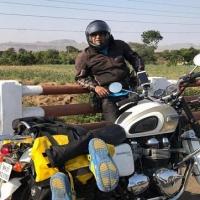 В Омск прибыл путешественник из Индии Адитья Радж Капур