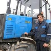 Нетрезвый механизатор задавил рабочих трактором