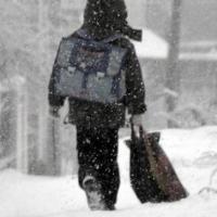 Омским школьникам разрешили пропустить занятия из-за морозов