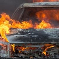 Ночью в Омске сгорела «десятка»