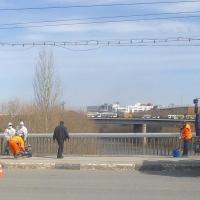 В Омске начали укреплять путепровод на Госпитальной