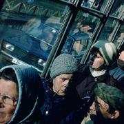 """Две пассажирки автобуса получили травмы после столкновения с """"Тойотой"""" в Омске"""