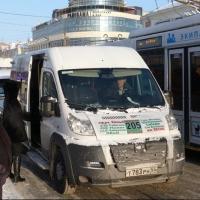 По Омску по-прежнему ездят отмененные с 1 января маршрутки