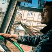 По вине водителя автобуса в Омске пострадали дети