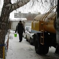 В канун Нового года пять домов в Омске остались без воды