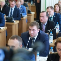 Депутат Ивченко заподозрил Корбута в раскрытии результатов голосования