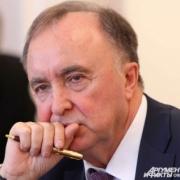 Экс-мэр Омска Рощупкин проходит по уголовному делу