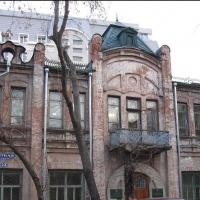 Омское правительство продаёт историческое здание на улице Сенной