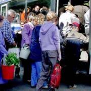 В Омске изменили несколько маршрутов садовых автобусов