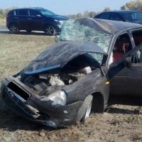 Под Омском погиб пассажир «Лады», опрокинувшейся в кювет
