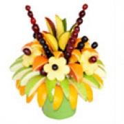 Омичи смогут дарить фруктовые букеты
