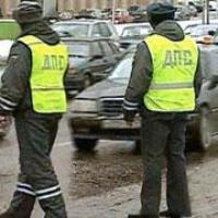 Полицейским запретили снимать номера за неправильную тонировку