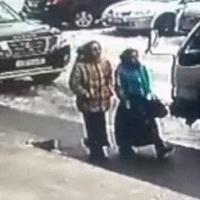Омских пенсионеров продолжают обкрадывать обманным путем