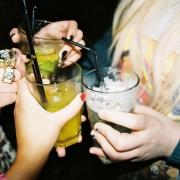 Омские старшеклассницы отравились в клубе наркотиками с алкоголем