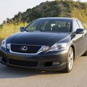 В Омске столкнулись Lexus и Peugeot