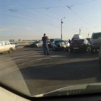 Авария на мосту у Телецентра создала трёхкилометровую пробку