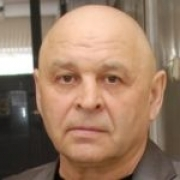 """Суд рассмотрит дело директора футбольного центра """"Иртыш"""" и его жены"""
