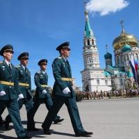 В День России в центре Омска ограничат движение транспорта