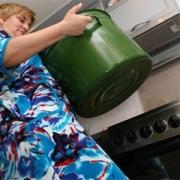 Нефтяники лишат горячей воды