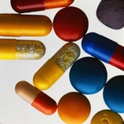 Воспитанник интерната отравился таблетками