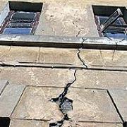 В Омске началось экстренное расселение аварийных домов