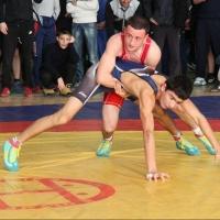 Омича взяли в сборную России по борьбе